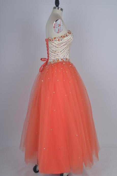 Charming Ball Gown Tulle Prom Dresses Sweetheart Neck Crystals Beaded Party Dresses Women Dresses