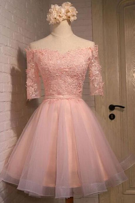 Half Sleeves Short Tulle Homecoming Dresses Lace Appliques Mini Party Dresses