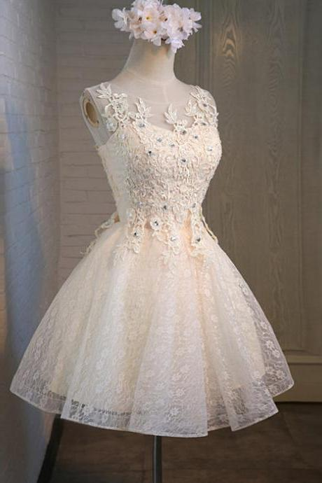 Short Lace Homecoming Dresses with Appliques