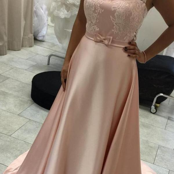 Scoop Neck Pink Satin Prom Dress Lace Appliques